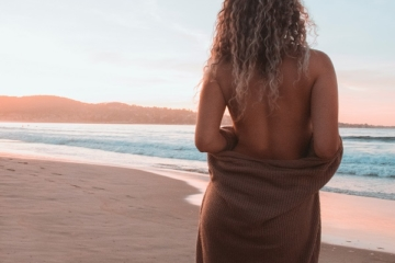 to show the Christchurch escorts on the beach for users